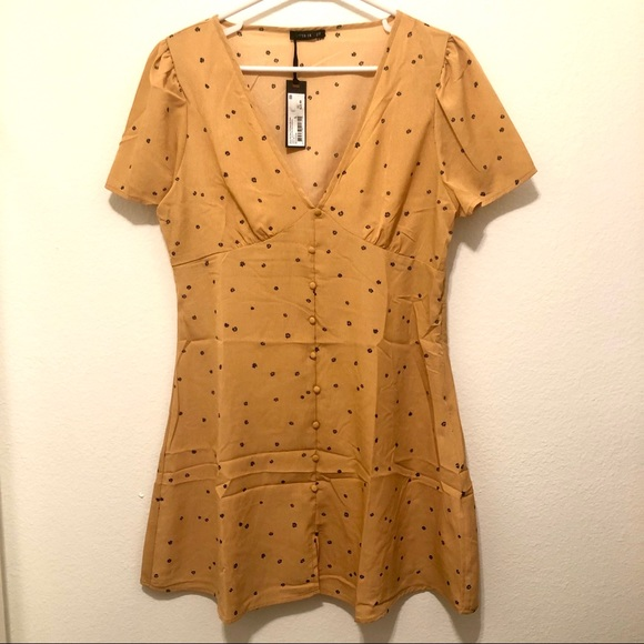 Cotton On Dresses & Skirts - Cotton On Deep V Puff Sleeve Mini Dress